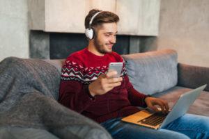 Écouter sur Smartphone et ordinateur